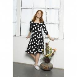 Pont Neuf plus size dress with Polka dots Carly- black, stylisation with trainers